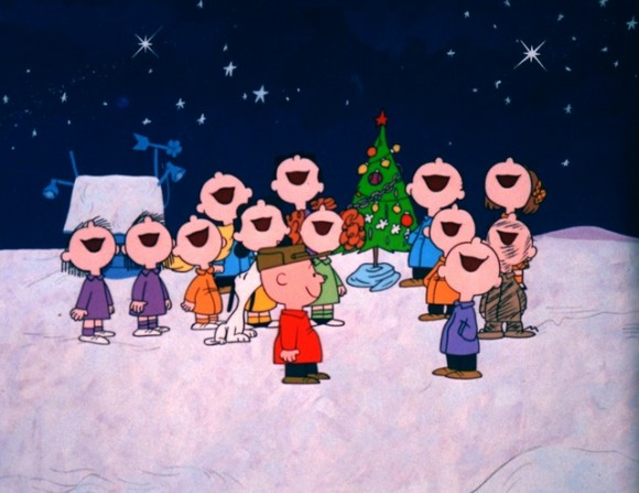 Charlie-Brown-Christmas-Everybody-Sings-580x447